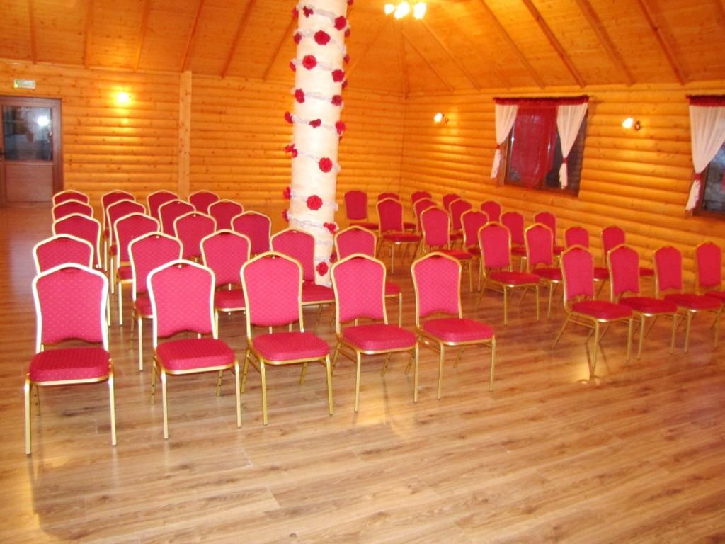 konferencja sala drewniana 1